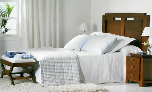EL HILO DE LOS AMIGUETES XII - Página 40 Dormitorio-340g