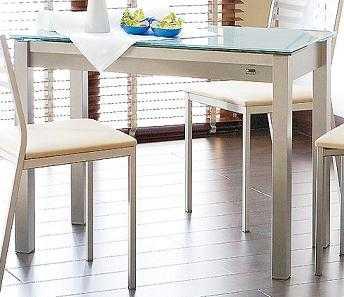 mesa-sillas1.jpg