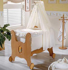 http://img.decorailumina.com/wp-content/uploads/2008/09/moises-fantasia.jpg