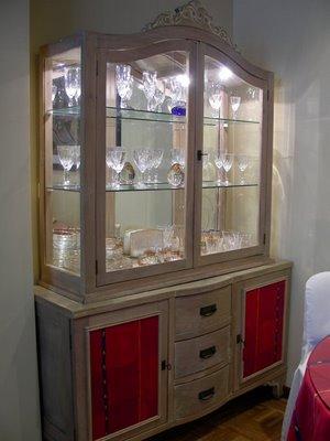 vitrina-aparador-vintage.JPG
