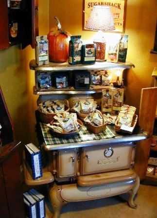 Estufas antiguas para decorar su cocina for Estufas de lena usadas